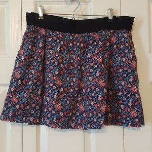 Old Navy flower print skirt